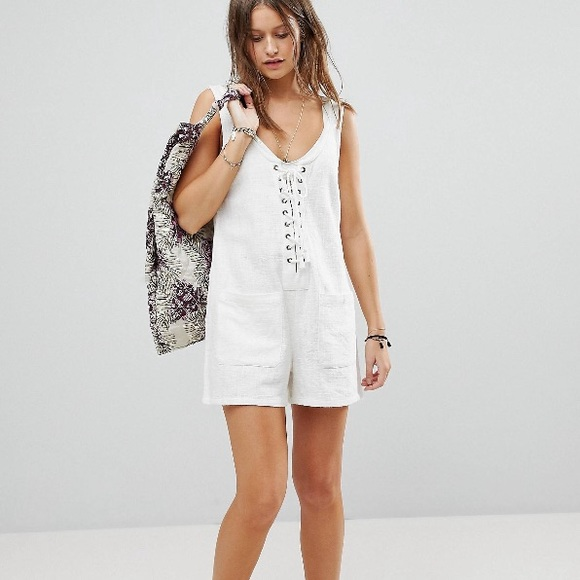 2019 clearance sale 2019 real exquisite style White Billabong Beach Romper.
